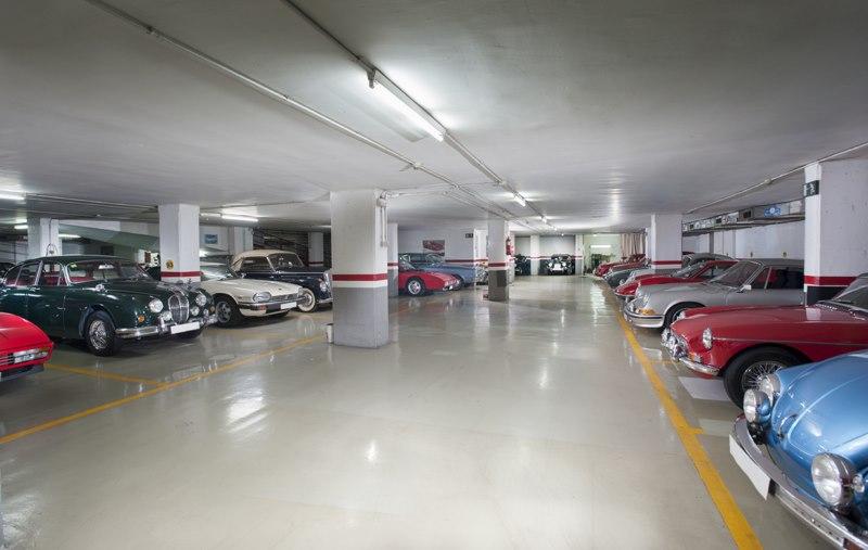 Parking para cl sicos en barcelona - Garajes para coches ...